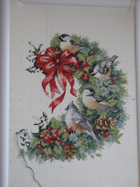 Dimensions – holiday welcome wreath